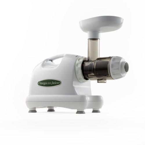 Omega J8004 Nutrition Center Commercial Masticating Juicer Review
